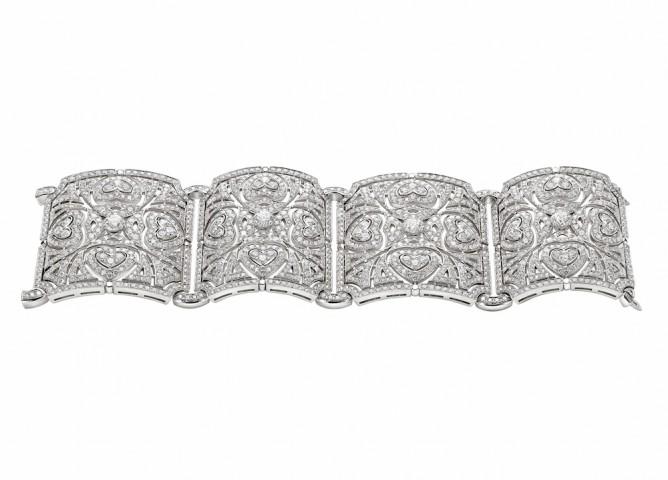 """Bracelet coeurs en diamants taille brillant Collection"""" Jardins à l'italienne""""  Bulgari Haute Joaillerie"""