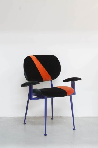 Gallery Nilufar chaise Montecatini design Martino Gamper, Courtesy of Nilufar Gallery