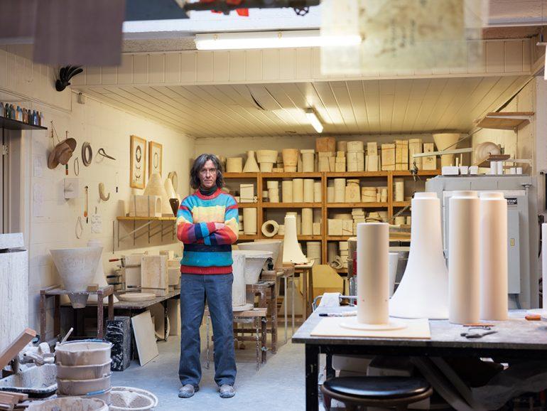 Jos Devriend dans son atelier