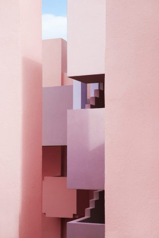La Muralla Roja conçue à Calp en Espagne par l'architecte Ricardo Bofill photo Jeanette Hagglund