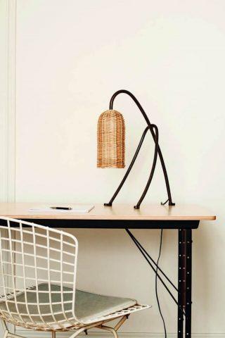 Lampe Edith en osier naturel et métal, ampoule Led, fabriquée à la main, Atelier Vime Editions