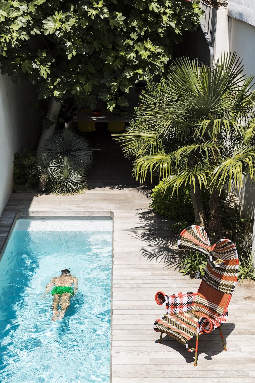 Maison à Toulouse et sa piscine chez Marc Deloche, architecte et joaillier. photo Romain Ricard pour Marie claire Maison