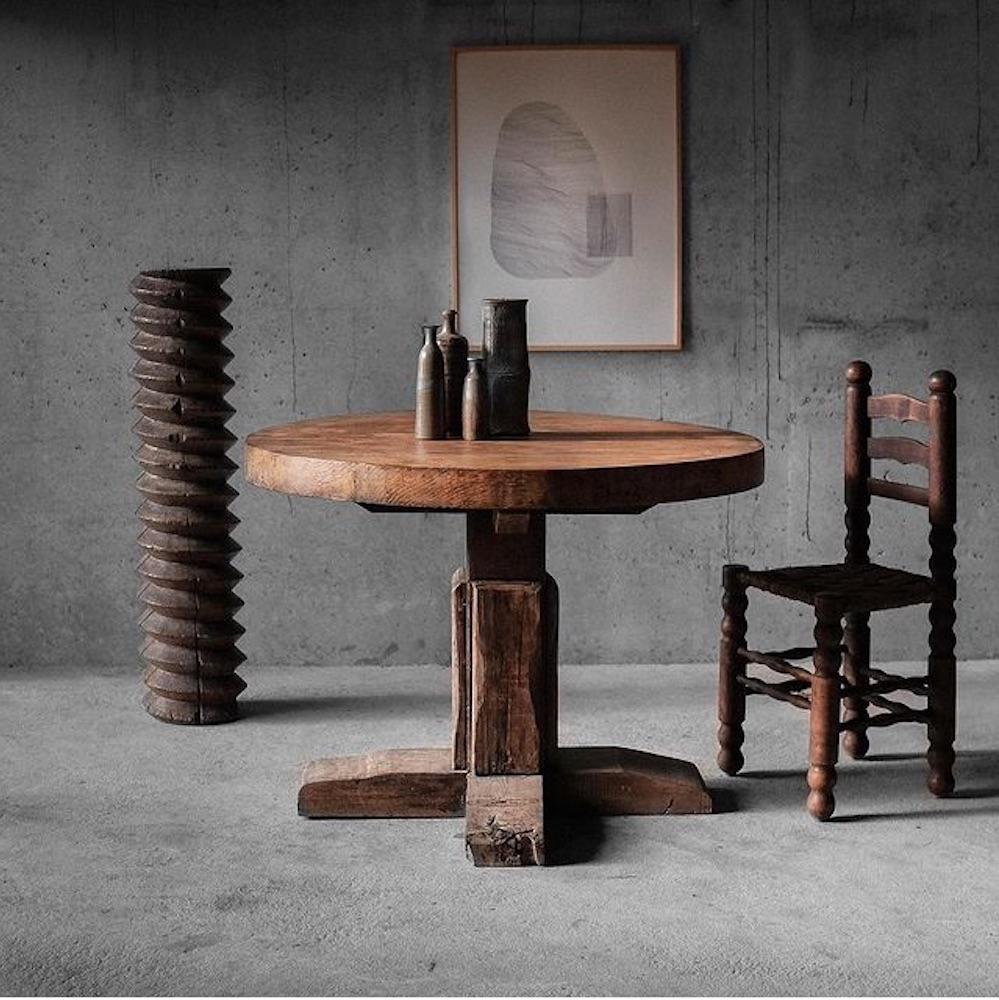 Table ronde artisanale basque, circa 1950 Roam Antics