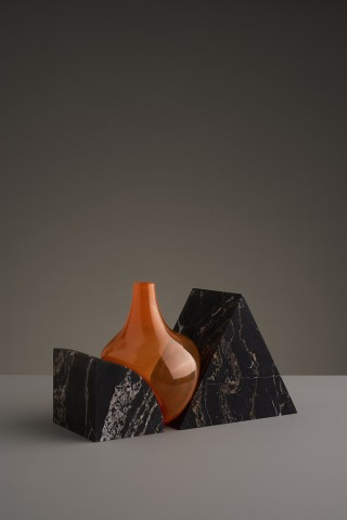 Vase Indefinite Model S&L Mixed Credits/ ©Erik Olovsson Courtesy of Galerie kreo